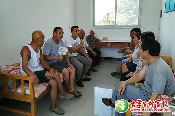 河北原村官胡东东:当上乡官,村里的事依然很走心